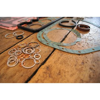 full engine gasket set , early M130